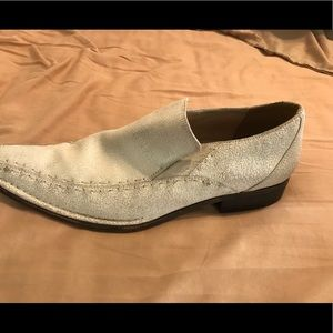 Guess by Marciano White Rustic Loafers Size 11